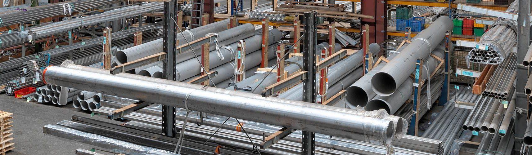 Edelstahlrohre Herstellung und Lagerung